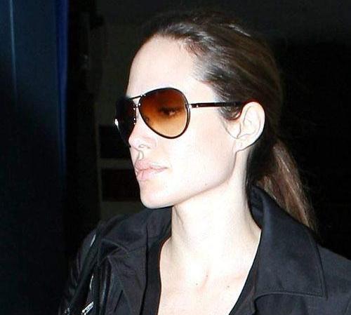 Angelina Jolie without makeup 5