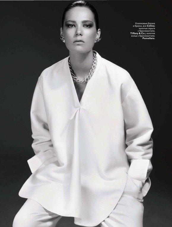 Caroline Brasch Nielsen Vogue Russia January 2011 1