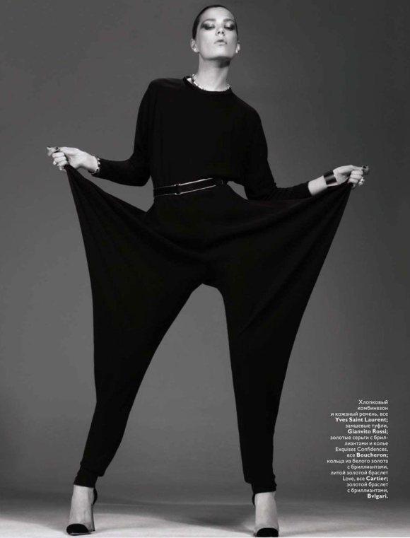 Caroline Brasch Nielsen Vogue Russia January 2011 8