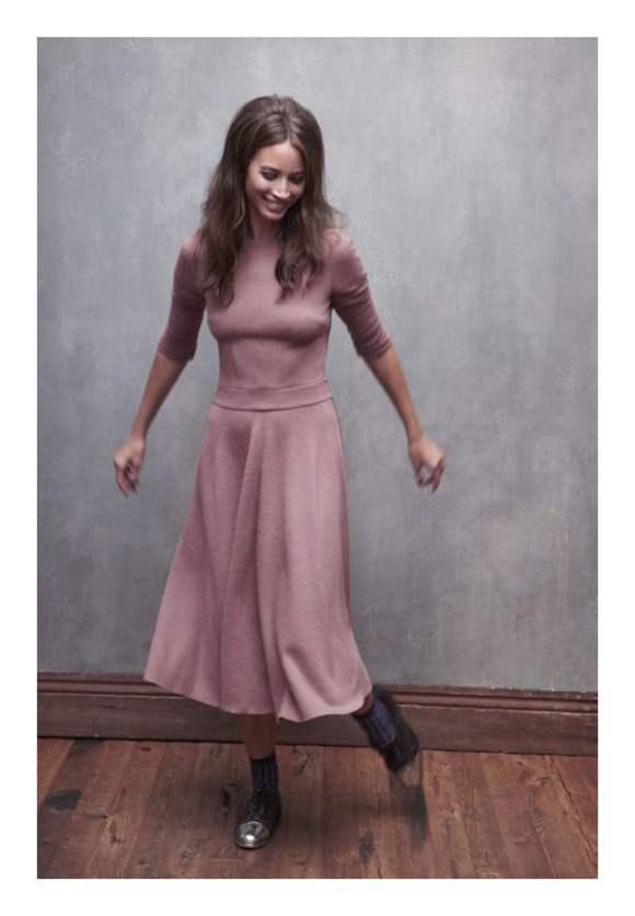Christy Turlington for Elle France December 2010 Editorial 5
