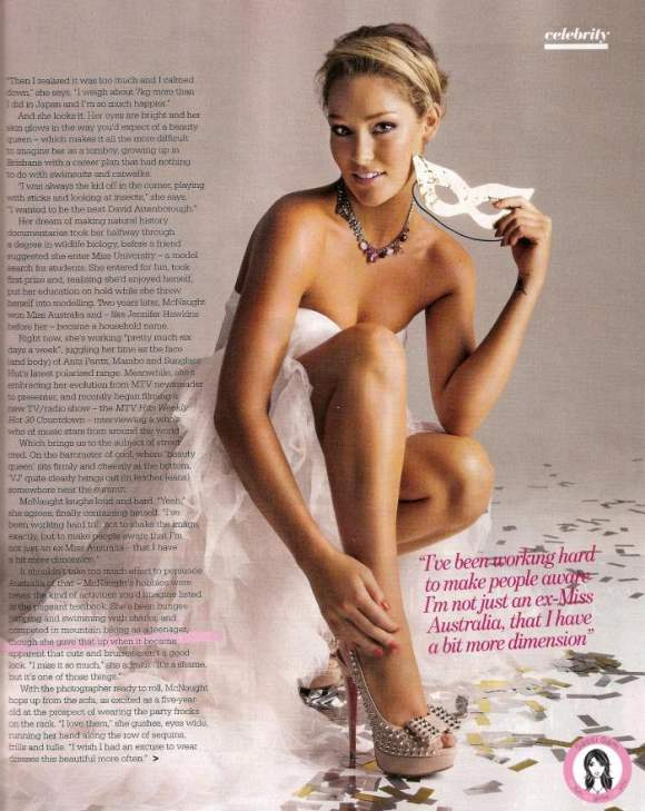 Erin McNaught for Sunday Magazine December 2010 3