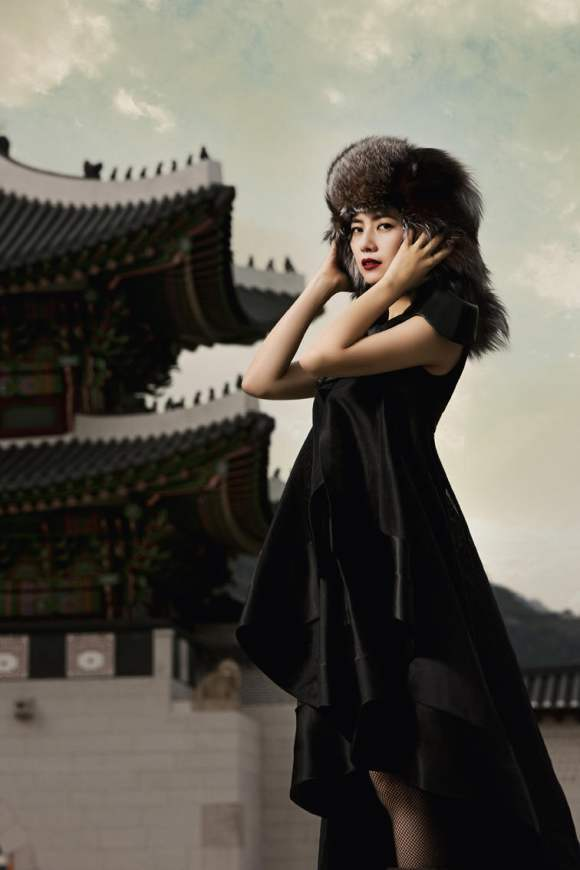 Gao Yuanyuan for Harpers Bazaar China January 2011 9