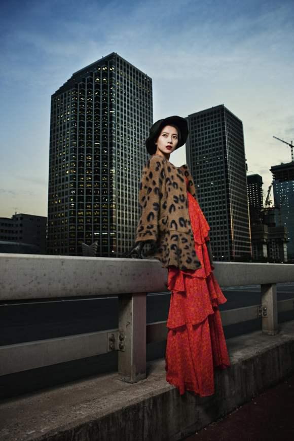 Gao Yuanyuan for Harpers Bazaar China January 2011