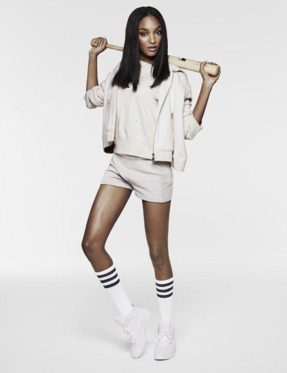 Jourdan Dunn for Vogue UK December 2010 5