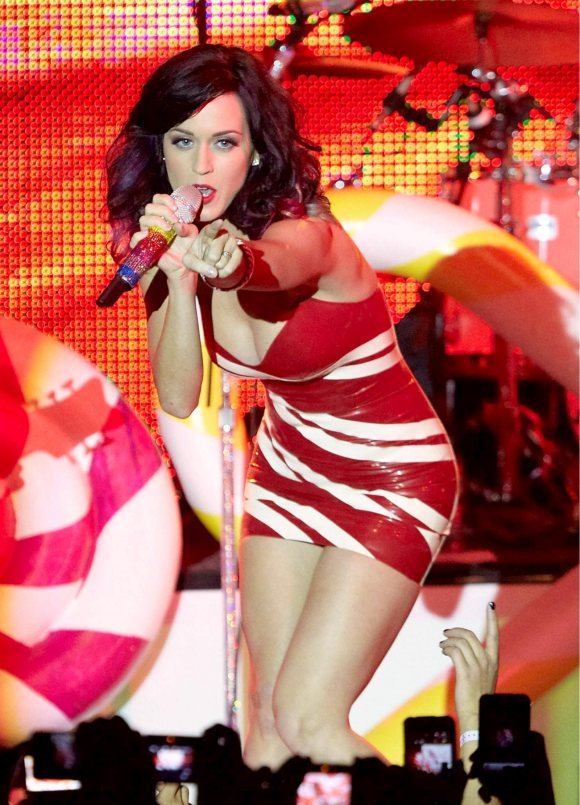 Katy Perry latex dress T-Mobile Event Vienna