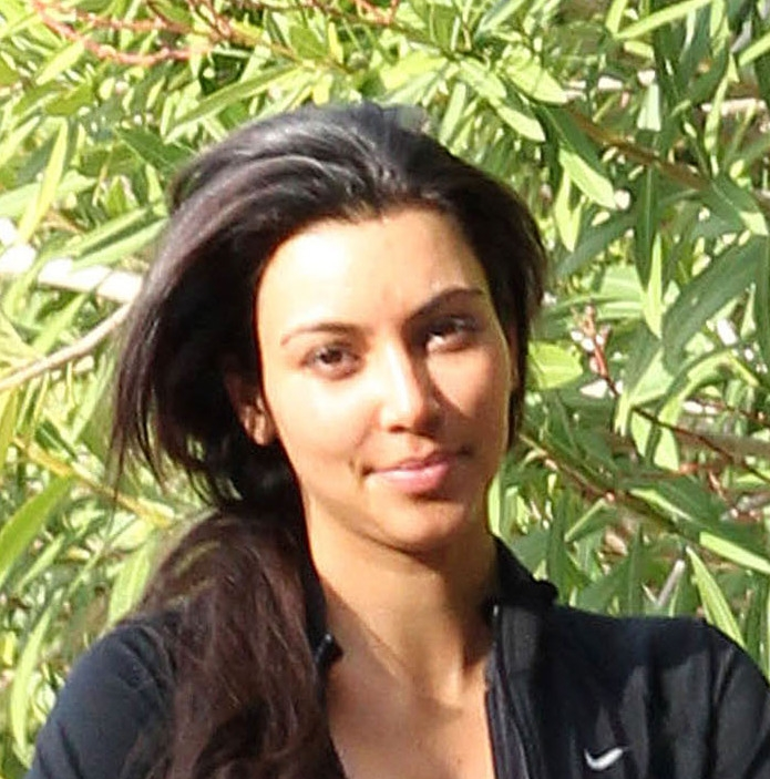 Kim Kardashian without makeup-10