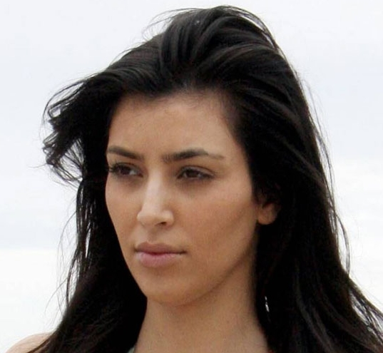 Kim Kardashian without makeup-2