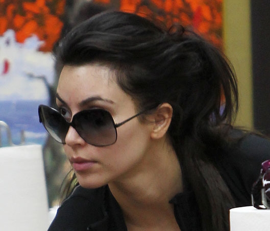 Kim Kardashian without makeup-7
