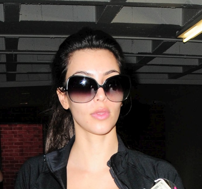 Kim Kardashian without makeup-8