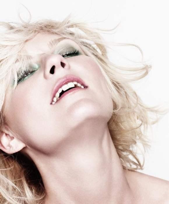Kirsten Dunst for BlackBook December 2010 2
