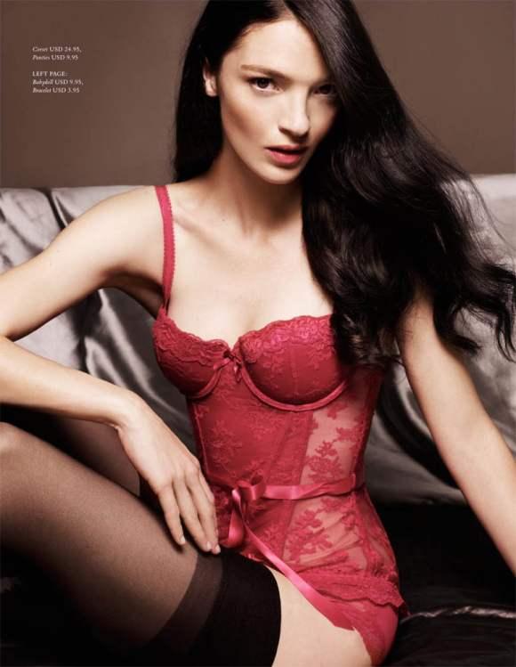 Mariacarla Boscono for H M Magazine Winter 2010 6