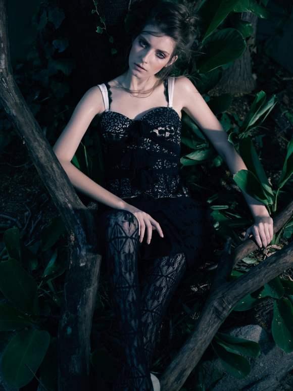 Natalia Shueroff for Essenciale Spring 2011 Campaign 3