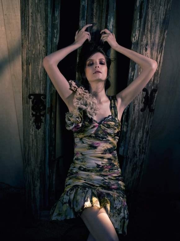 Natalia Shueroff for Essenciale Spring 2011 Campaign 4