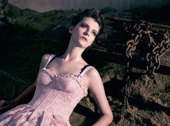 Natalia Shueroff for Essenciale Spring 2011 Campaign 6
