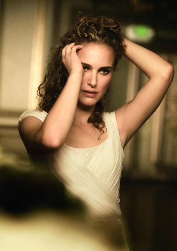 Natalie Portman for Vogue US January 2011 Editorial 2