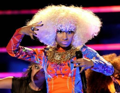 Nicki Minaj blonde afro hairstyle VH1