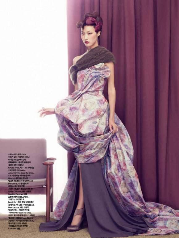 Park Ji Hye Choi A Ra for Harpers Bazaar Korea December 2010 3