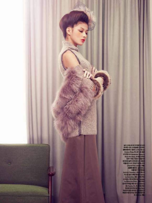 Park Ji Hye Choi A Ra for Harpers Bazaar Korea December 2010 4