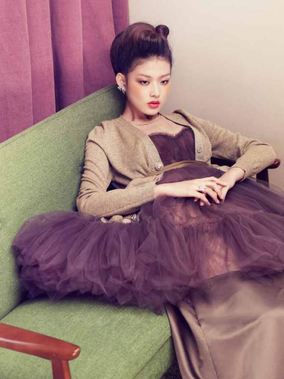 Park Ji Hye Choi A Ra for Harpers Bazaar Korea December 2010