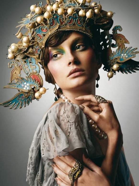 Petra Hegedus for Vogue Hellas December 2010 2