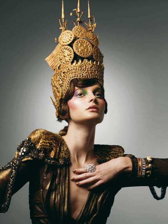 Petra Hegedus for Vogue Hellas December 2010 3