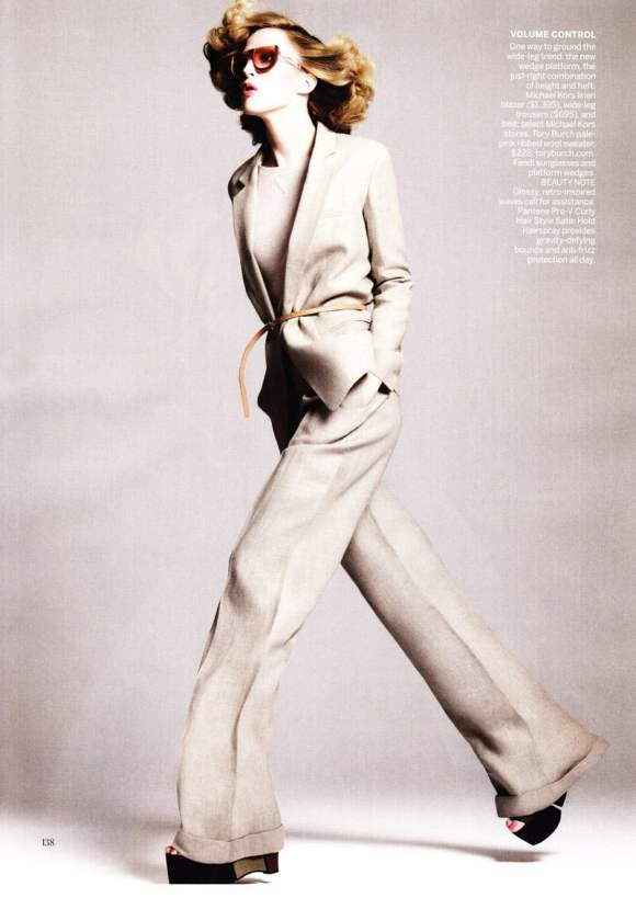 Raquel Zimmermann for Vogue US January 2011 6