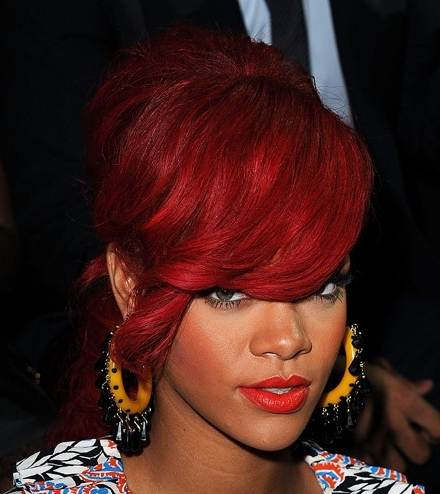 Rihanna red hairstyle October 2010