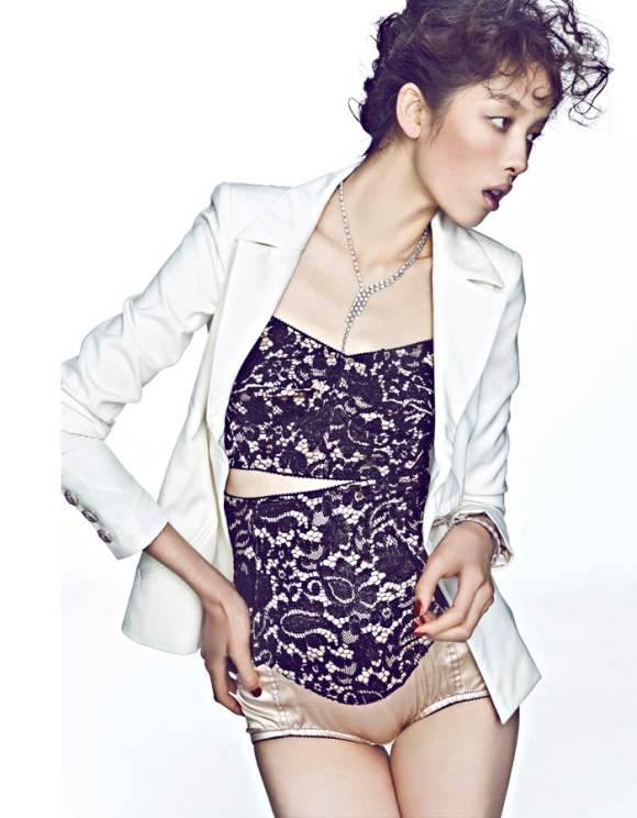 Sun Feifei Elle China December 2010 5