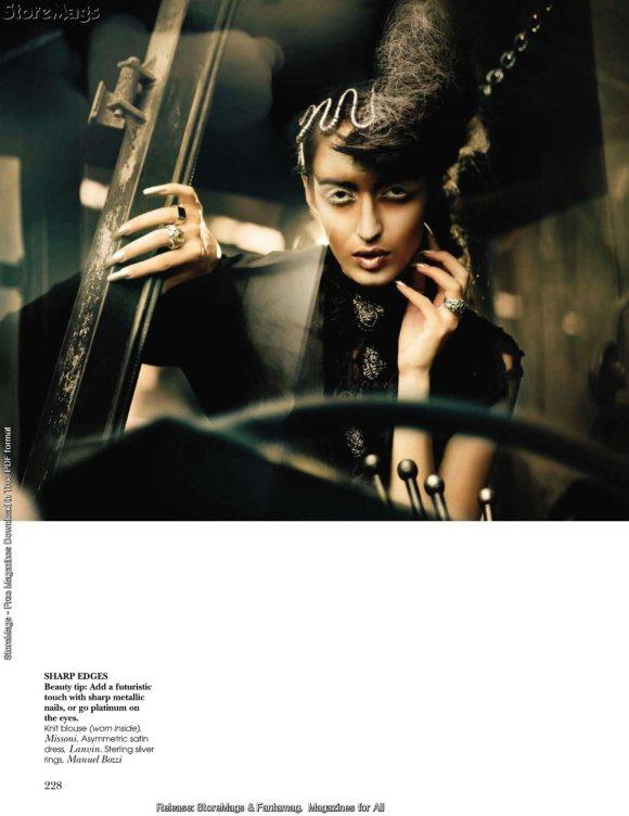 Tamara Moss for Vogue India December 2010 9