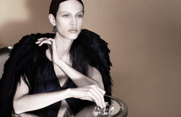 Aymeline Suzie Bird Vogue Turkey January 2011 1