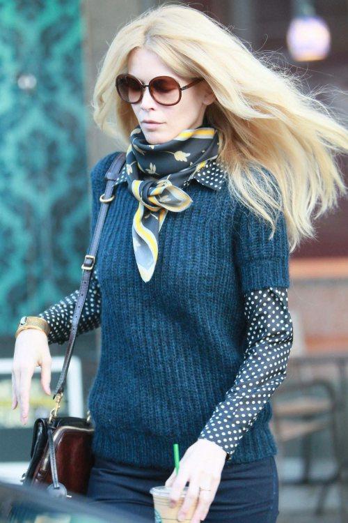 Claudia Schiffer Street Style chic