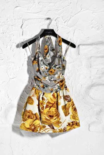 Dolce Gabbana Spring 2011 19