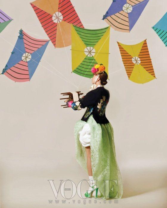 Jang Yoon Ju Vogue Korea February 2011 3