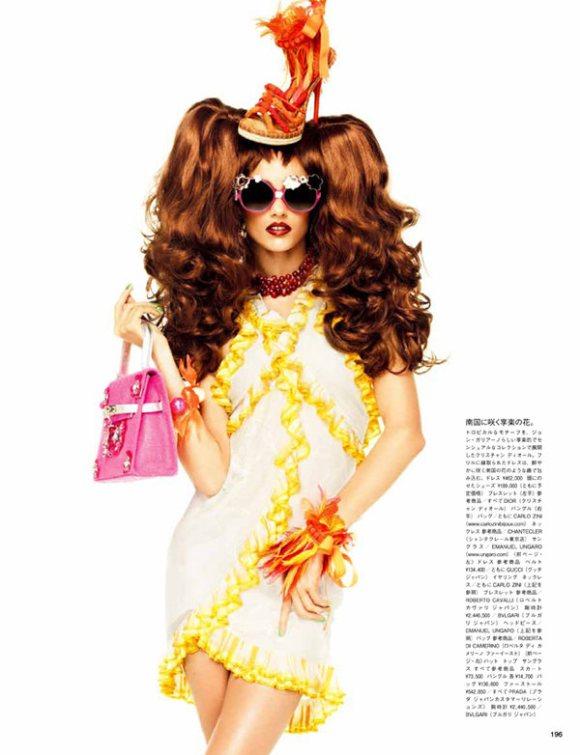 Karmen Pedaru Vogue Nippon March 2011 4