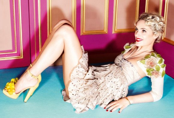 Leah de Wavrin for Blugirl S S 2011 Campaign 7