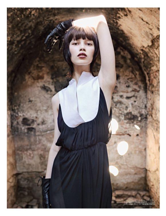 Ranya Mordanova  Vogue Turkey January 2011 6