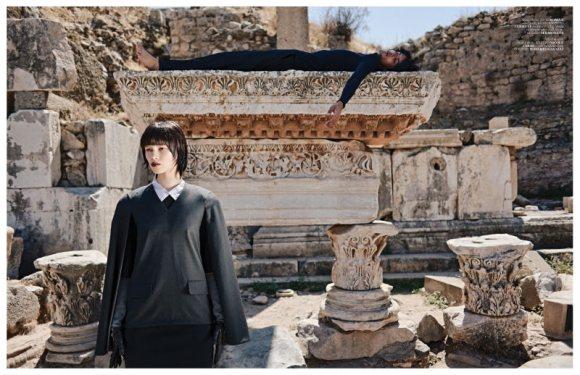Ranya Mordanova  Vogue Turkey January 2011 7