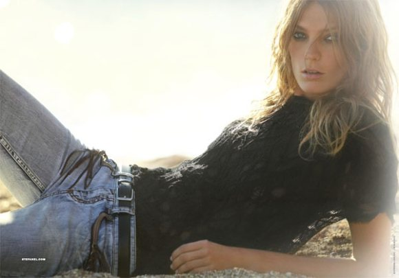 Stefanel Spring 2011 Campaign Preview 1