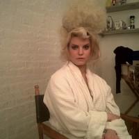 jessica-simpson-bouffant hairdo