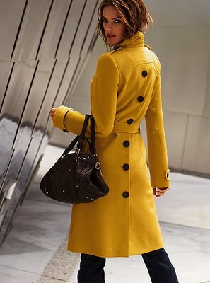 trench coats for women styling tips