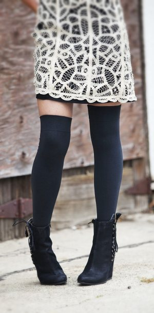 0977d5ac1 Black thigh high socks girls what to wear with thigh high socks