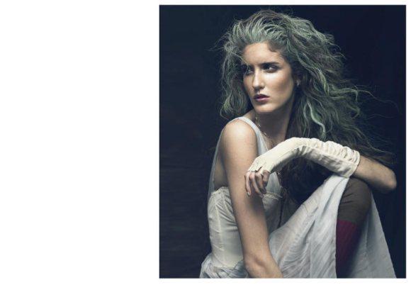 Amanda Laine Playing Fashion 5
