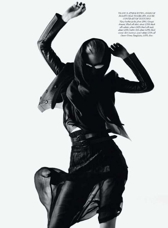 Ilse de Boer for Harpers Bazaar UK March 2011 4
