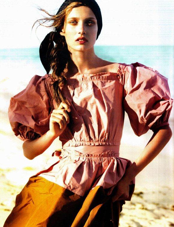 Jourdan Dunn Karmen Pedaru Vogue UK March 2011 1