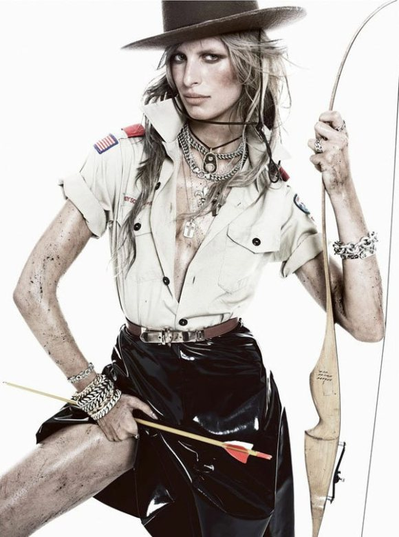 Karolina Kurkova Vogue Spain January 2011 11