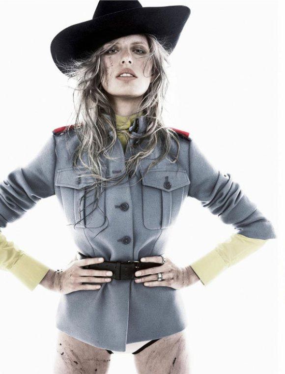 Karolina Kurkova Vogue Spain January 2011 8