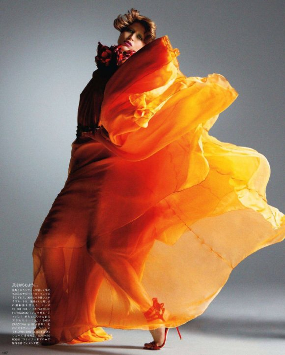 Raquel Zimmermann Vogue Nippon March 2011 7