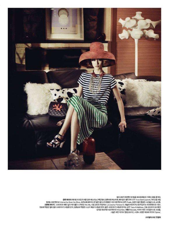 Sera Park Harpers Bazaar Korea February 2011 2