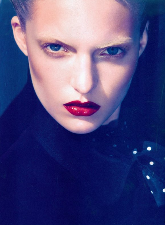 Theres Alexandersson Vogue Nippon March 2011 2