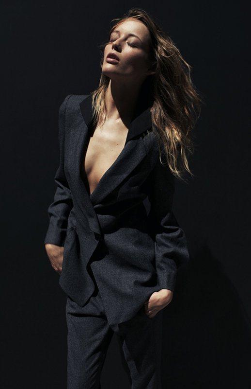 Vogue Australia March 2011 4